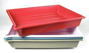 Arista Set of 4 Developing Trays - Accommodates 16x20 inch print size - (White/Red/Buff/Green)