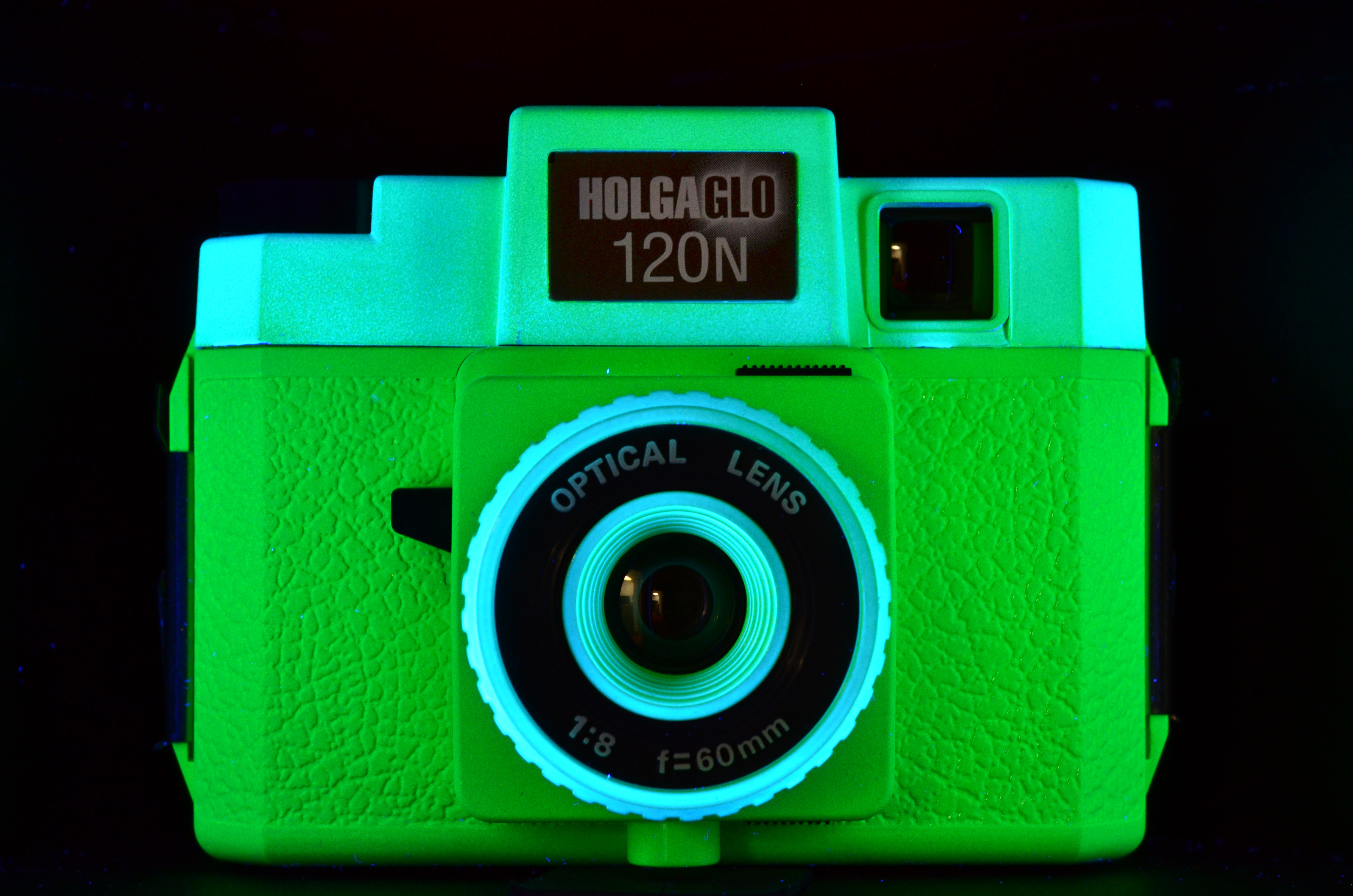 Holgaglo 120n plastic medium format camera neon green for Camera camera