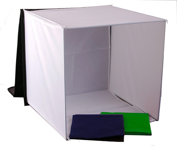 Here it is...a truly portable Desktop Studio...specially designed to take great pictures.